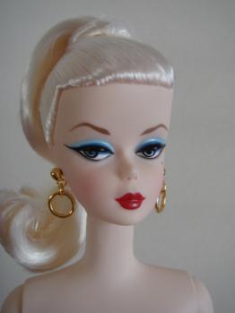 FMC barbie debut w face4