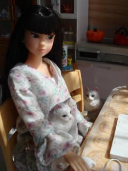 momoko wake up 003 @ kitchen