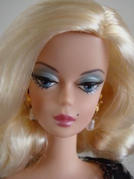 FMC barbie trace blonde face3