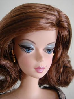 FMC barbie trace brunette face2