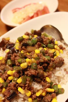 06_23ひき肉と夏野菜の味噌バター炒め022