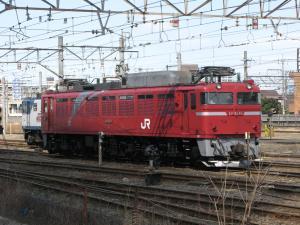 EF8186 新鶴見にて。