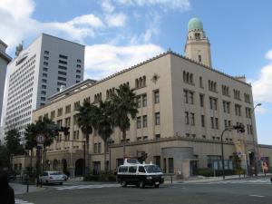 横浜税関。