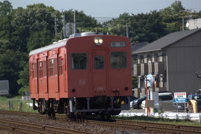 関鉄キハ101単行。