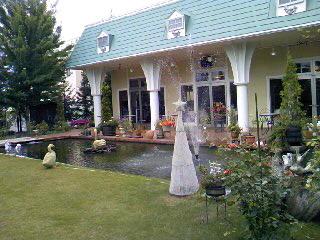 ローズガーデンの庭0001