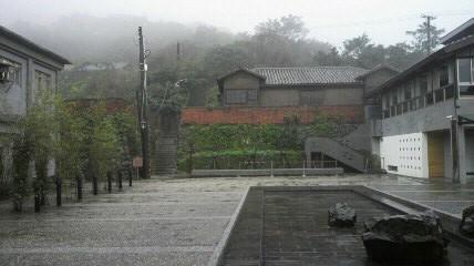 金水特展室の前庭