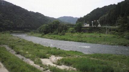 笹土橋から矢作川下流方向すでに30km