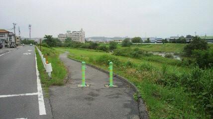 稲葉橋サイクリングロード入口(自宅から4km地点)