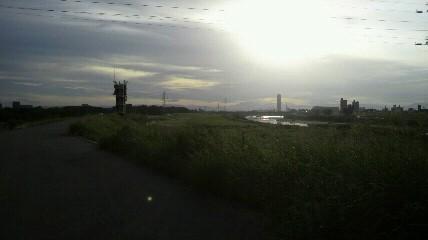 庄内緑地公園から上流を見る