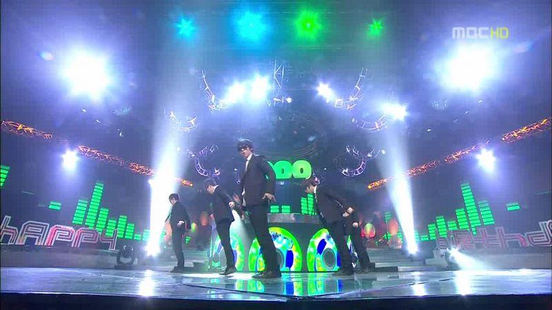 2PM, SHINee - 20100220 - Special on MC.avi_000155955