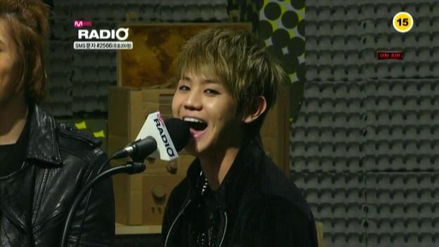 Mnet Radio - 20100318 - 2AM.avi_001507807