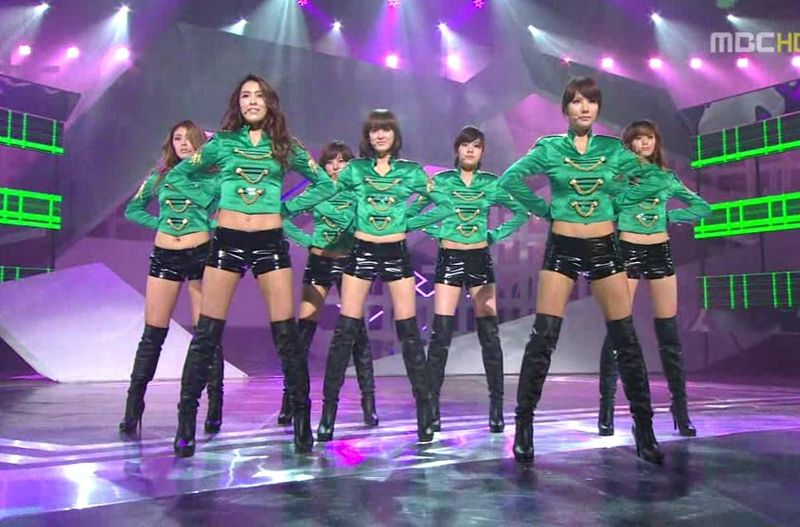 After School - 20100515 - Bang on MC.avi_000195728
