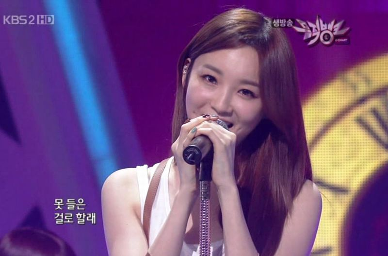 Davichi - 20100514 - Please Stop Time on MB.avi_000130330