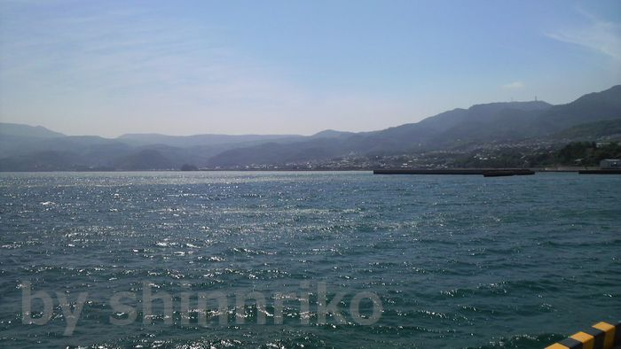 台風2号が去った別府湾。キラキラしている