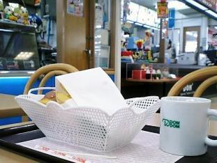 ドムドムハンバーガーお好み焼バーガー002