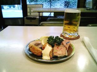 センターグリル オードブルA、サッポロ樽生ビール004