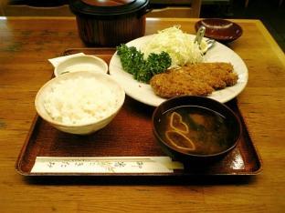 きたみロースカツ定食004