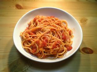 トマトソース絡めナポ001