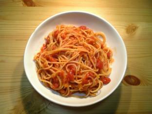 トマトソース絡めナポ003