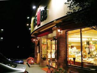 ベルベ本店クリームパン002