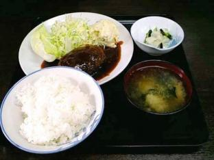 山田ホームレストラン本日の定食ハンバーグ004