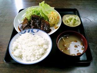 山田ホームレストラン本日の定食Aメンチカツ004
