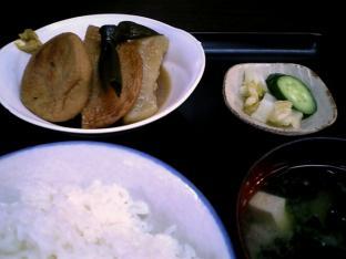 山田ホームレストランおでん005