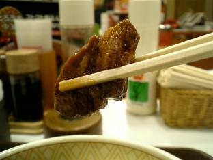 すき屋豚とろ角煮丼並005