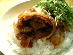 豚ばら焼き肉丼002