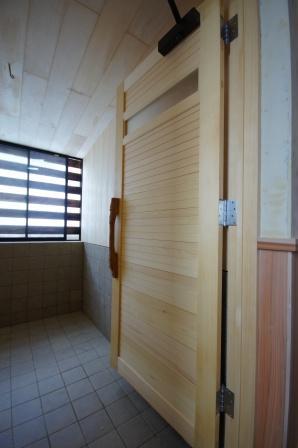 DSC07830浴室建具