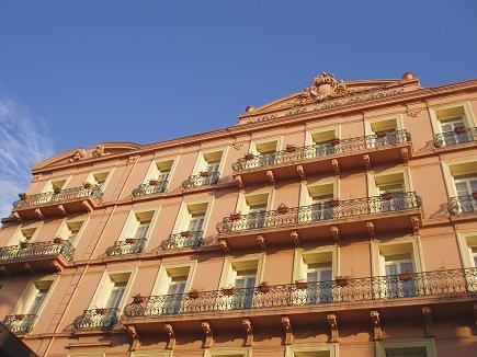 Grand Hotel des Ambassadeur downsize