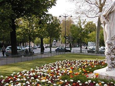 Place du Gal Cartrouxのナナメ十字路downsize