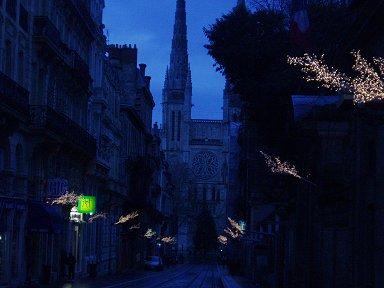 深く青い夜が街を包むdownsize