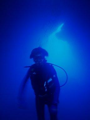 Grottでダイブ中 Saipan 2007年downsize