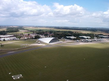 上空から見る草っぱら飛行場downsize