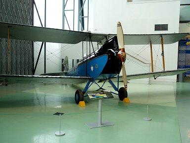 RAF Museumのデハビランド社モスシリ-ズの青のGipsy Mothdownsize