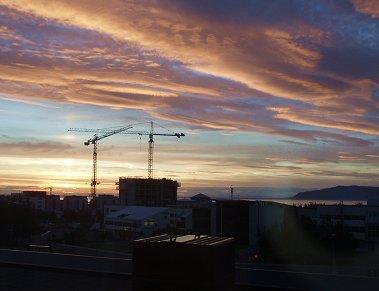 欧州一空気がきれいな首都レイキャビクの夕暮れREVdownsize