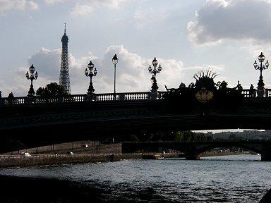 アルマ橋のアールデコシルエットdownsize