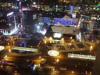 高層ビルから見るリヨンの夜景はファンタジックP1010427downsize
