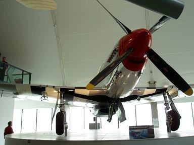 どこから見ても端正なムスタング(North American Aviation P-51 Mustang)downsize