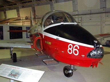子犬みたいジェットプロボスト練習機(BAC(Hunting) Jet Provost)downsize