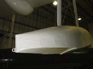 翼に付いてる補助フロートにも係留フックがあるdownsize