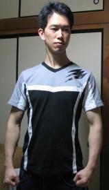 スクラッチTシャツ