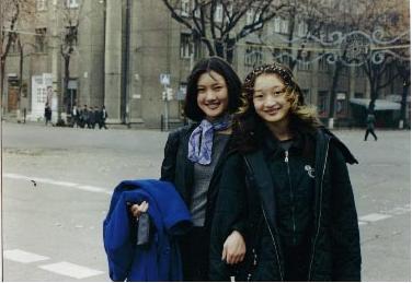 ウズベキスタン・女子高生