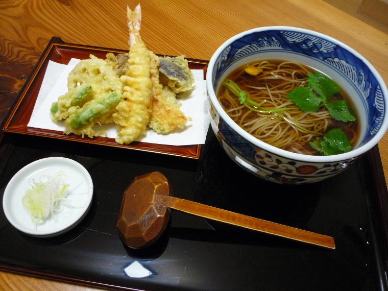 6.手打ち蕎麦 ふる川 (天ぷらそば)
