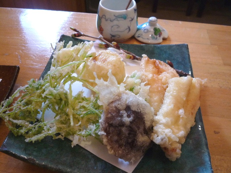 11.本郷 蕎麦切 森の(銀宝の天ぷら)