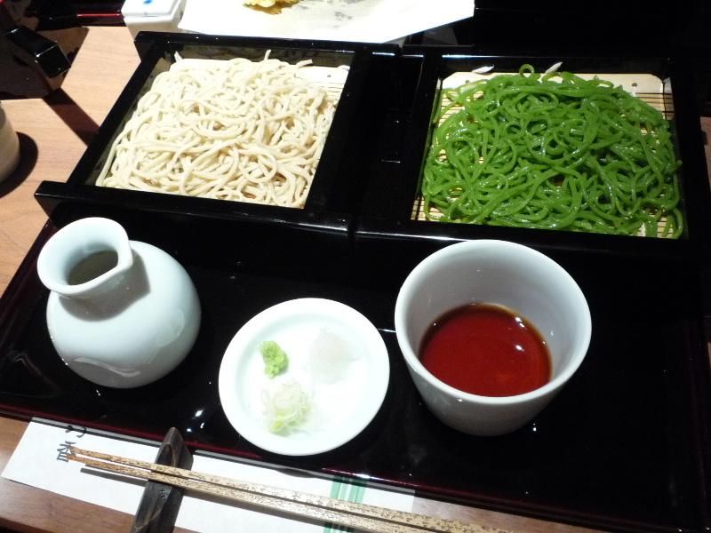 3.蕎肆 穂乃香 (二色盛りせいろ)
