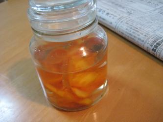 実験中 柿酢