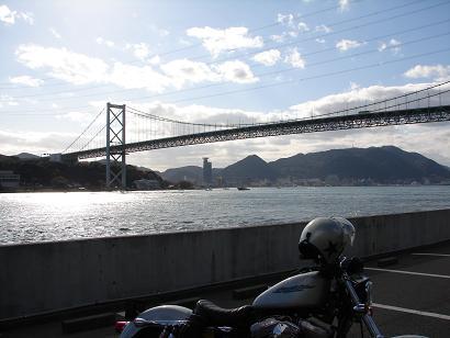 10:08関門橋