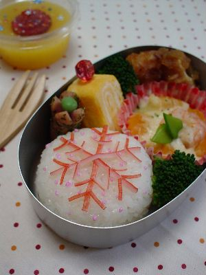 雪の結晶おにぎり弁当